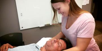 6 signes que vous devez consulter un physiothérapeute chez Physio St-Hubert!